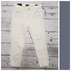 Tommy Hilfiger White Denim Jeans 🥂